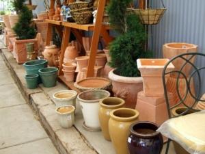pots-for-sale-santafegreenhouses-20089jun28-lah-132