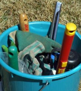 tool-bucket-carnegielib-16apr07-lah-982