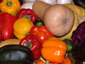 264-wheelbarrow-of-veggies-closeup-nx