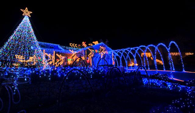 xmas-lights_colospgs_lah_5834