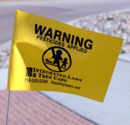 Pesticide warning flag_ColoSpgs-CO_LAH_8430