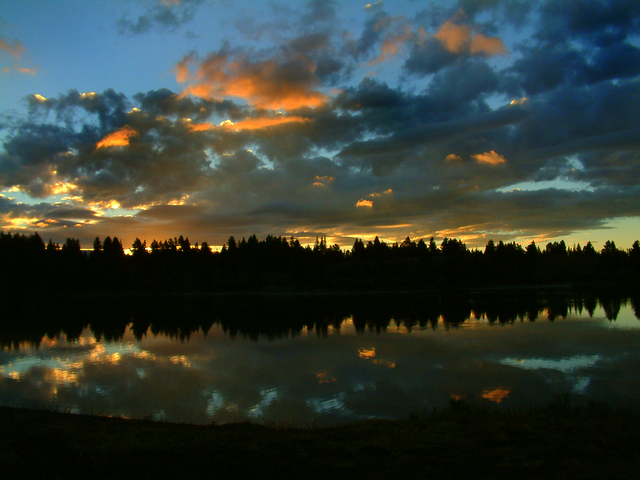 Hebgen Lake sunrise_WestYellowstone_LAH_240