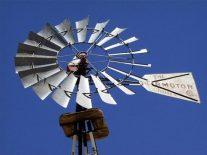 Windmill @PawneeGrasslands 23apr02 LAH 002