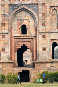 Bara Gumbad_Lodhi Gardens-NewDelhi-India_LAH_9402
