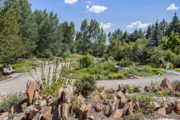 YampaRiverBotanicPark-SteamboatSprings-CO_LAH_6380r