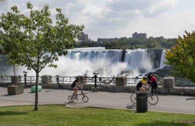 Niagara Falls_ON_LAH_4226r